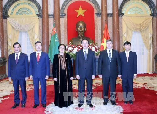 President meets newly-accredited foreign ambassadors