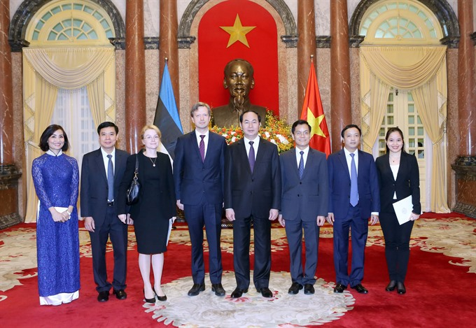 State leader welcomes newly-accredited ambassadors to Việt Nam