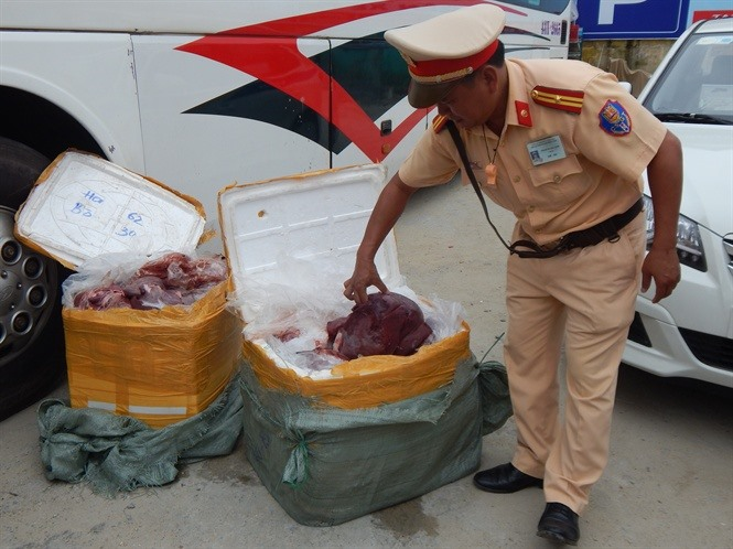 Stale cow viscera trade to Laos stopped