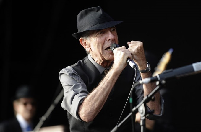 Legendary poet and songwriter Leonard Cohen dies at 82