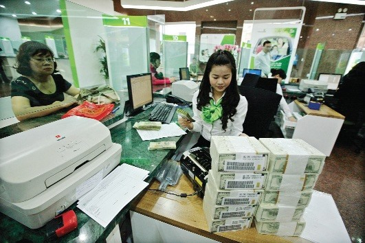 SBV allows banks to loan foreign cash