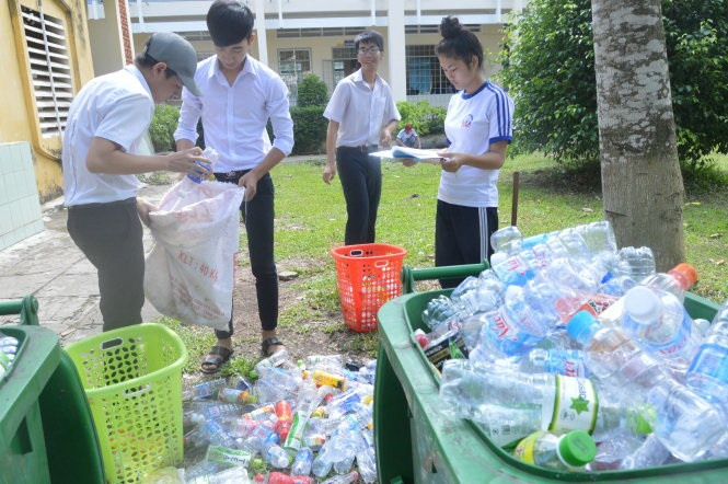 Caring classmates collect plastic bottles to raise funds for student scholarships