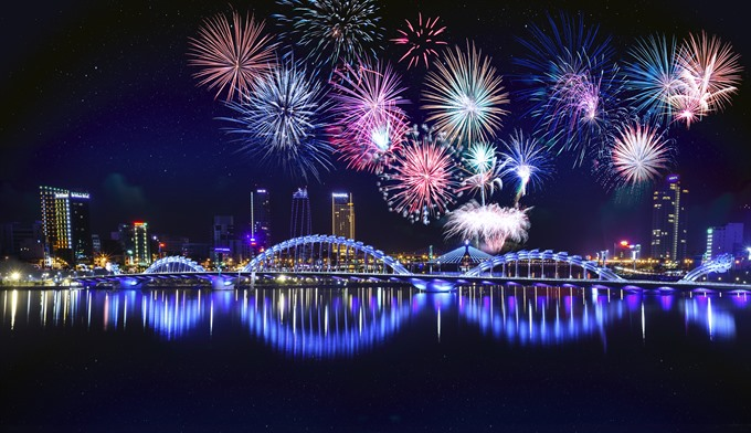 Intl fireworks logo contest launched