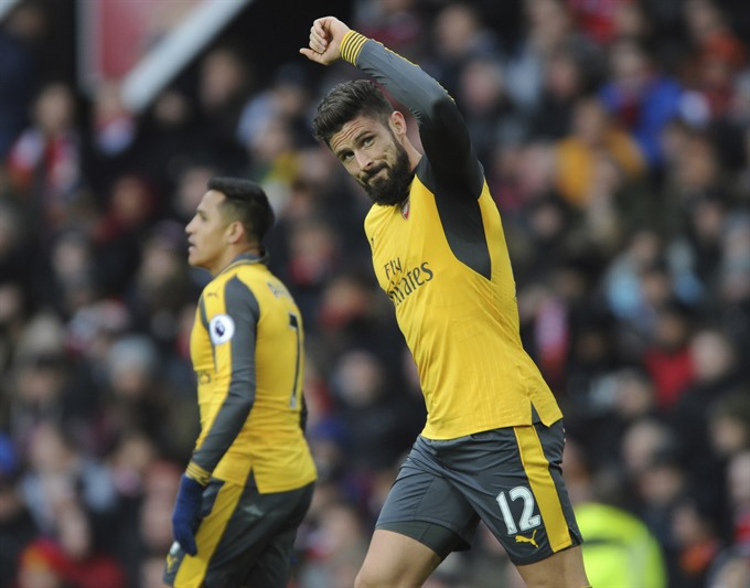 Giroud makes his case after spell in exile