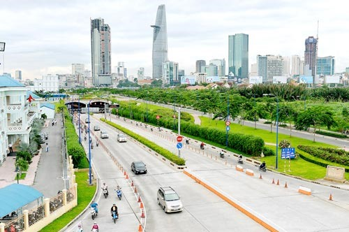 Foreign banks eye HCM Citys infra projects