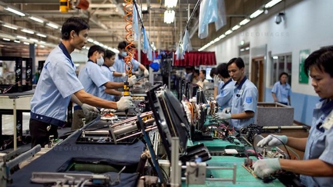 Industrial production maintains steady growth