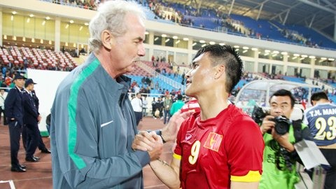 Riedl to challenge his former players at AFF Cups semis