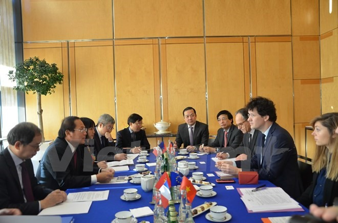 Việt Nam France forge stronger ICT co-operation