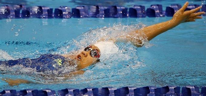 Việt Nam top championship Trâm sets three records