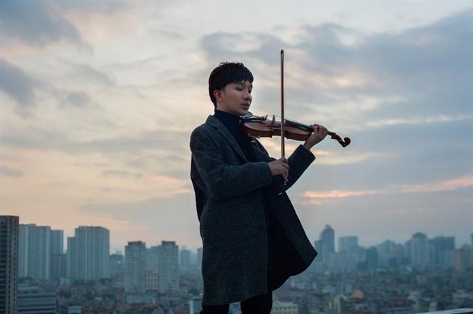 Violin phenom to release first LP