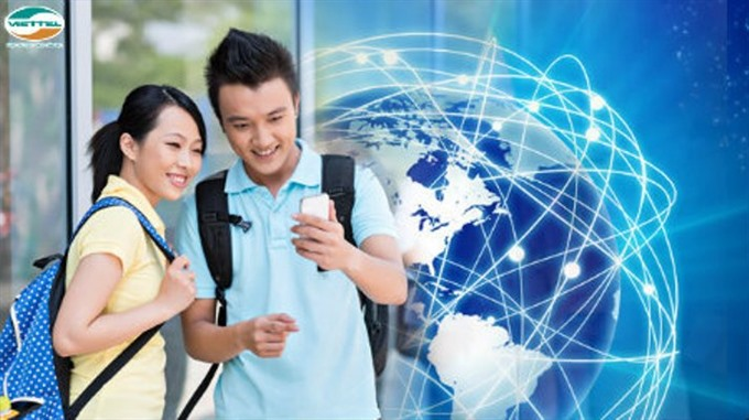Viettel among first to waive roaming fees