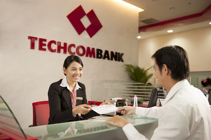 First bank announces Tết bonus