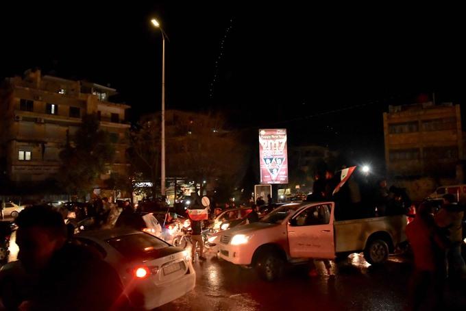 Aleppo retaken in major boost for Assad