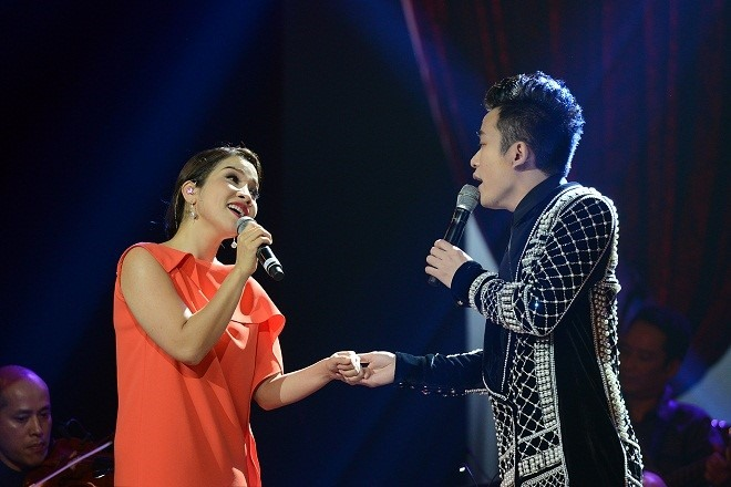 Diva and divo to rock New Year countdown music party