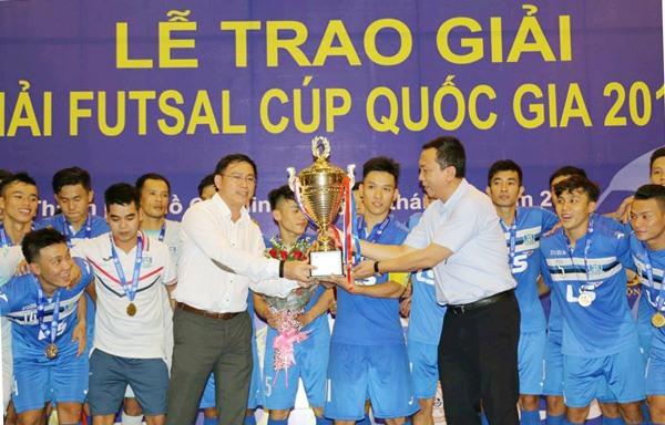 Thái Sơn Nam grab National Futsal Cup