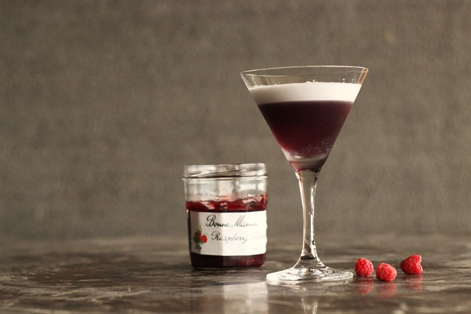 Raspberry Snow Cocktail
