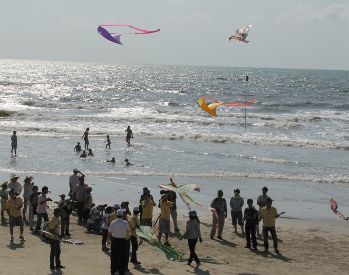 Annual kite fest takes wing in Vũng Tàu