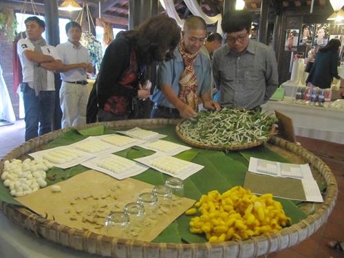 Hội An hosts first pan-Asian silk trade fair