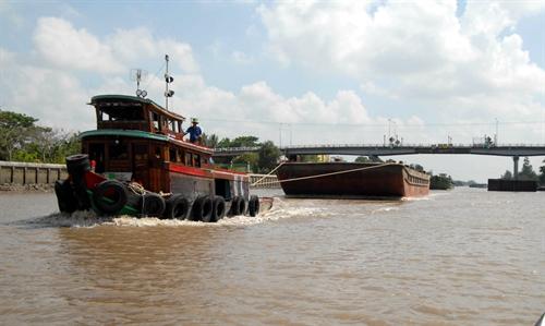 Low-clearance bridges risk collapse