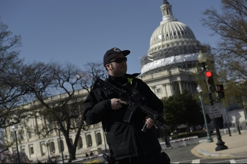 Panic as police shoot armed man at US Capito