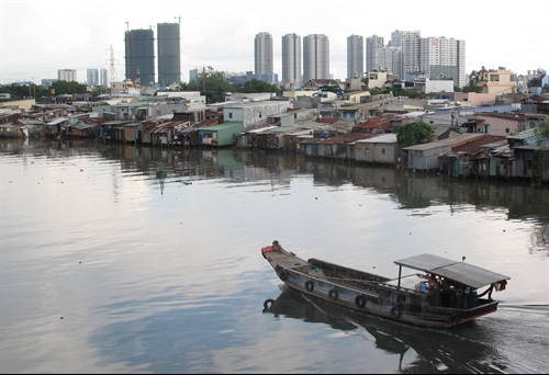 Project to relocate slum dwellers faces resistance