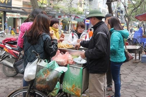 Street food near schools poses high risks