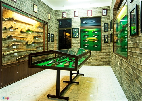 Private weapons museum reopens in southern city