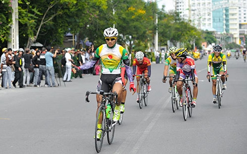 Tâm wins stage Tài keeps lead in HCM City Cycling Cup