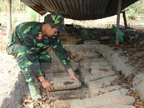 4 bombs excavated from house in Hải Phòng