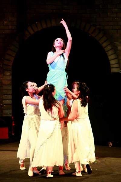 Viêt Nam scoops circus awards