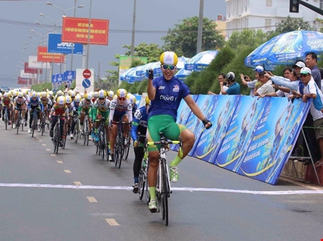 Nguyễn Thị Thật maintains lead at cycling tournament