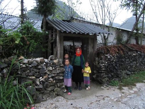 A day with the Mông of Mèo Vạc