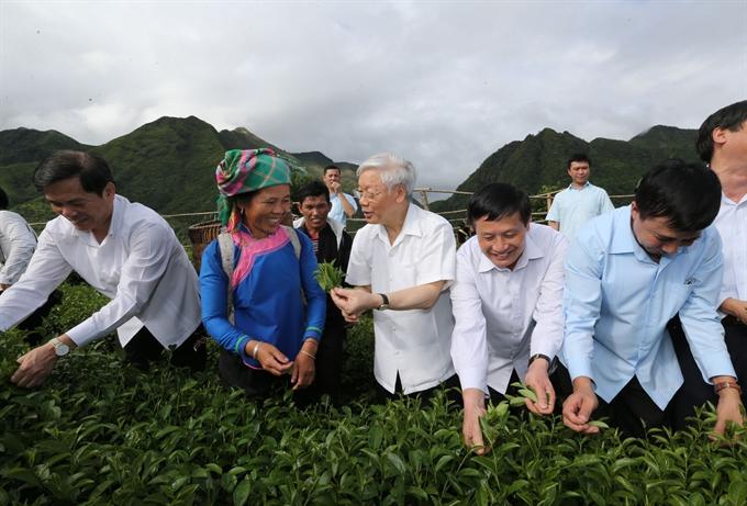 Party chief visits Lai Châu
