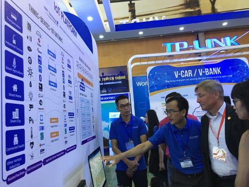 Vietnam ICT Comm 2016 officially opens