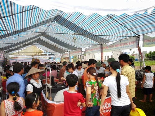 Firms urged to sell VN products in rural areas