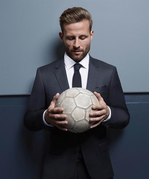 Visiting VN to be journey of discovery: Cabaye