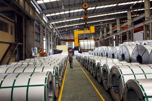 VN investigates effect of steel sheet imports