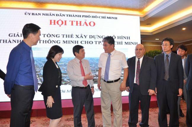 Experts mull how to make HCMC smart