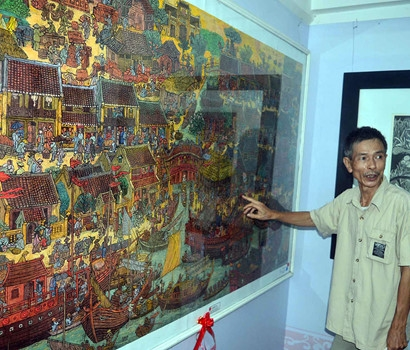 Exhibition showcases central artists