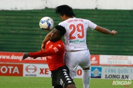 Hoang Anh Gia Lai impresses host in V-Leagues 21st round