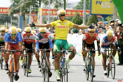 Tâm wins sixth stage of Mekong cycling event