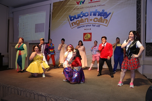 Dance show helps contestants lose weight