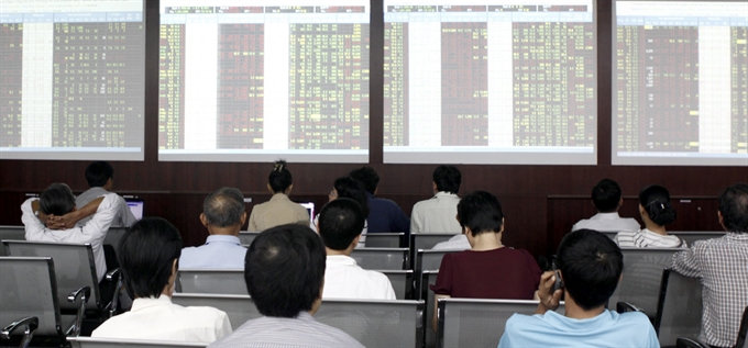 Blue chips likely to push VN shares up