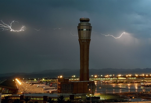 UN agency urges airports to prepare for climate disruptions