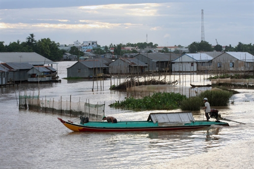 Mekong waterways silted narrowed