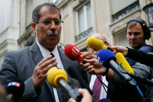 France seeks new chapter in Muslim relations