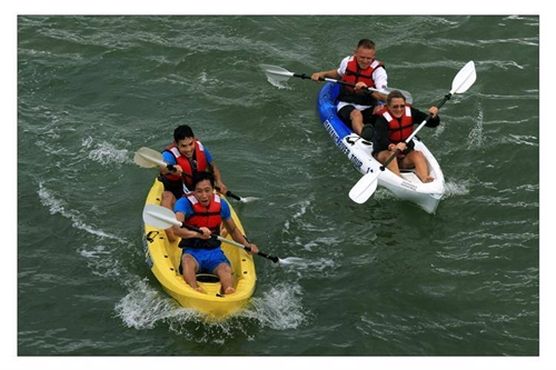 Paddlers to race in the Hàn River