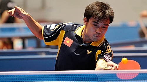 Double Fish table tennis event begins