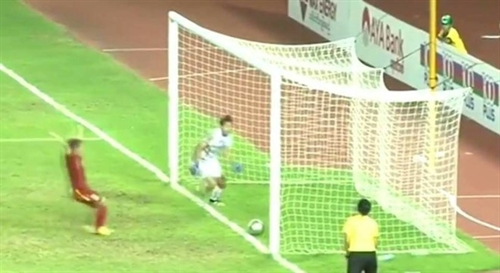 Womens Footbal chief Lâm to complain about Myanmar referee to AFF