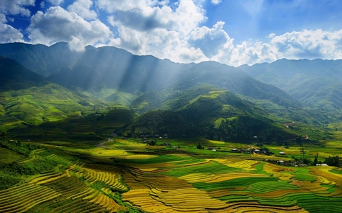 At Mường Lò tourism week a focus on tradition
